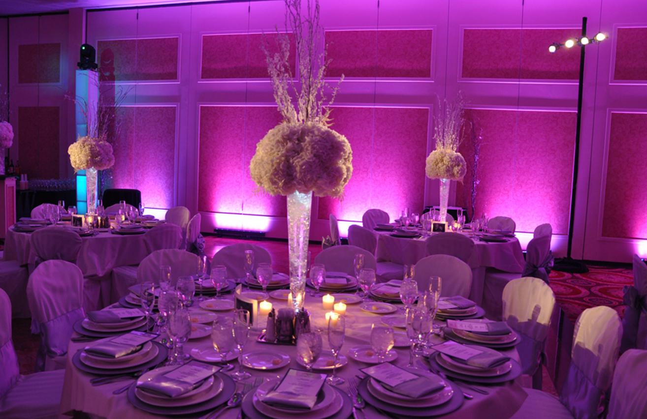 decor-lighting-pink